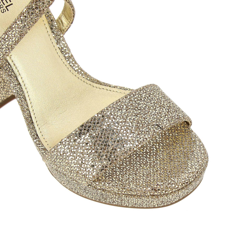 Sandali con tacco Michael Michael Kors: Sandalo Charlize platform Michael Michael Kors in tessuto glitter oro 3