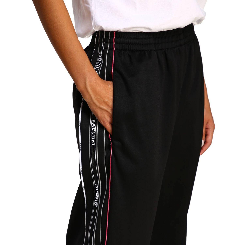 Pantalone Balenciaga in stile jogging con bande logate nero 5