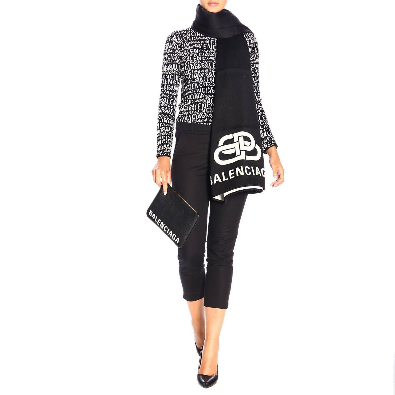 Sciarpa Balenciaga in lana con maxi logo BB in jacquard nero 2