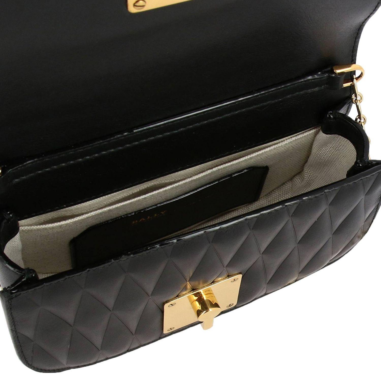 Borsa Clay mini a tracolla in pelle trapuntata con micro borchie e logo Bally nero 5