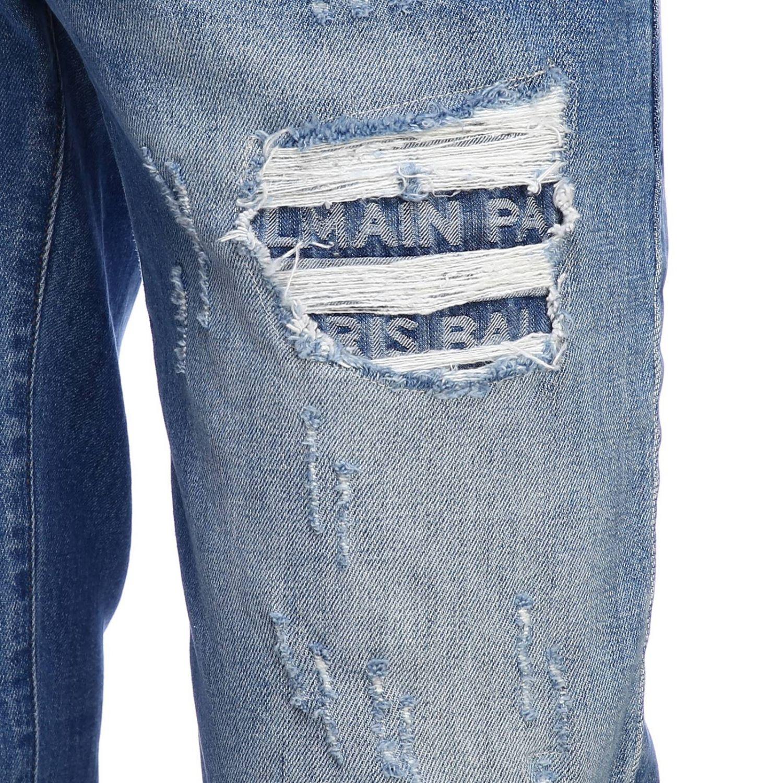 Джинсы Balmain: Джинсы Balmain slim fit из денима с эффектом потертости с искусственными заплатками в логотипах потертый джинс 4