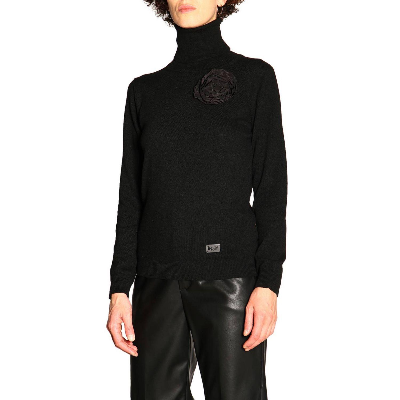 Maglia Be Blumarine in lana e cashmere a collo alto con applicazione floreale nero 4
