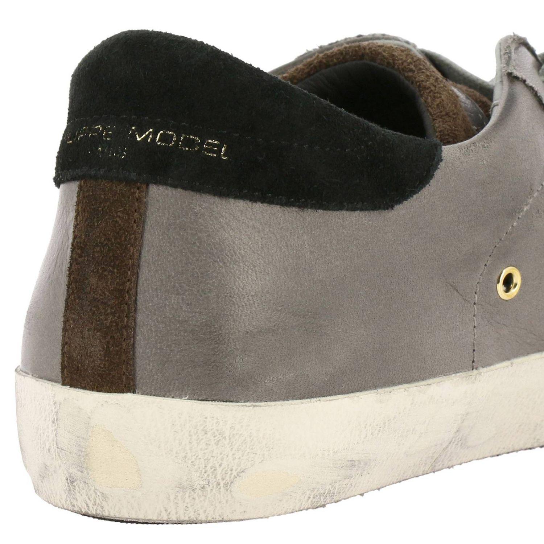 Paris Sneakers aus glattem Used-Effekt-Leder und Wildleder mit mikrogepunktetem Logo charcoal 4
