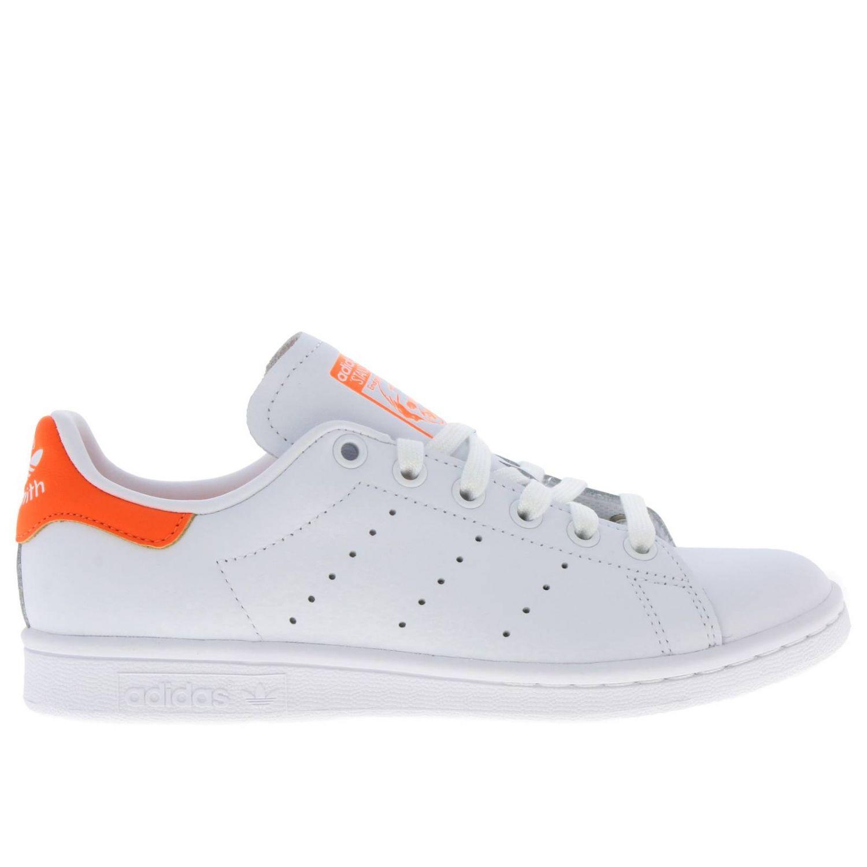 Спортивная обувь Adidas Originals: Кроссовки Stan Smith W Adidas Originals из кожи с контрастной вставкой на пятке белый 1