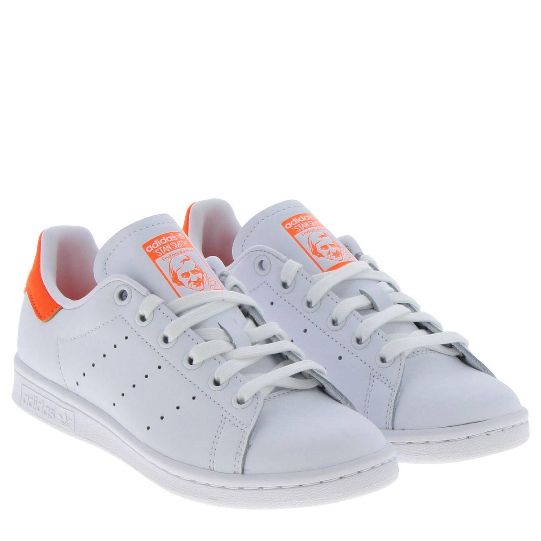 Спортивная обувь Adidas Originals: Кроссовки Stan Smith W Adidas Originals из кожи с контрастной вставкой на пятке белый 2