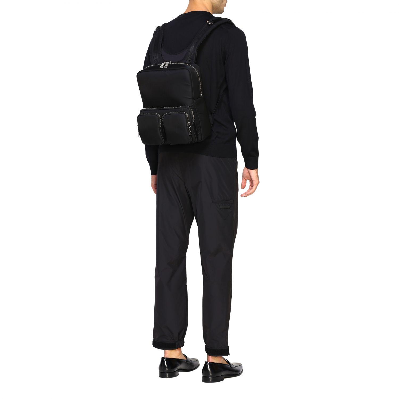 Zaino Prada in nylon full zip con logo in gomma nero 2