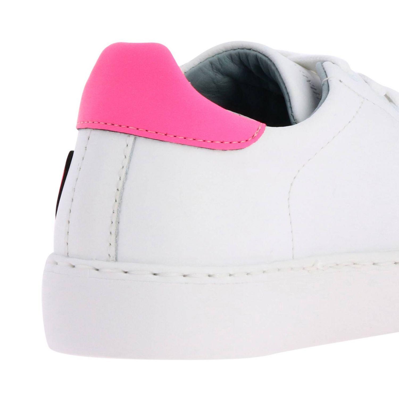 Sneakers Chiara Ferragni stringata in pelle liscia con maxi cuori fluo bianco 4