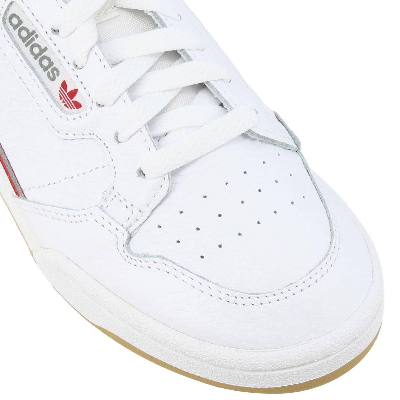 Zapatillas Adidas Originals: Zapatillas Adidas Originals 80 de cuero con agujeros y logo blanco 4
