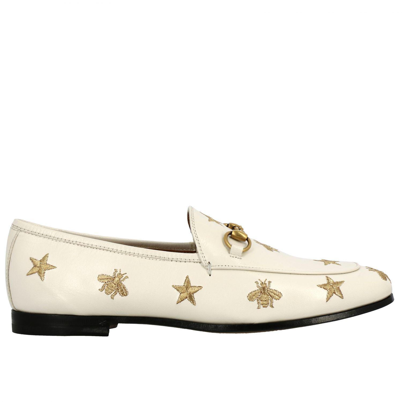 Mocassino Jordan Gucci in pelle liscia con morsetto metallico e ricami stelle/api panna 1