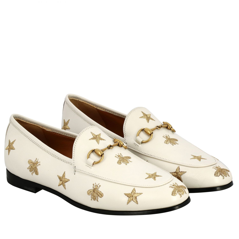 Mocassino Jordan Gucci in pelle liscia con morsetto metallico e ricami stelle/api panna 2
