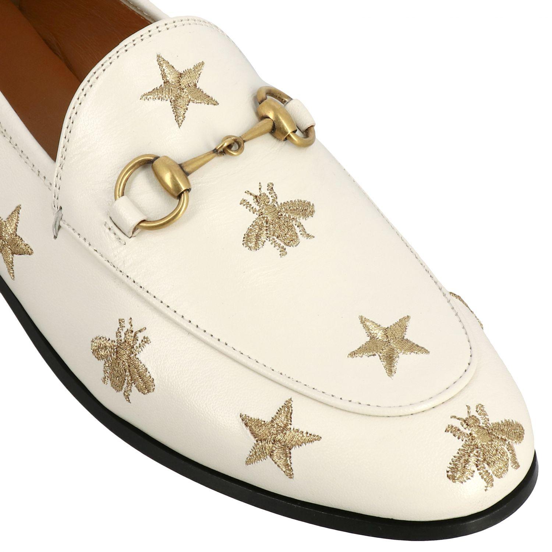 Mocassino Jordan Gucci in pelle liscia con morsetto metallico e ricami stelle/api panna 4