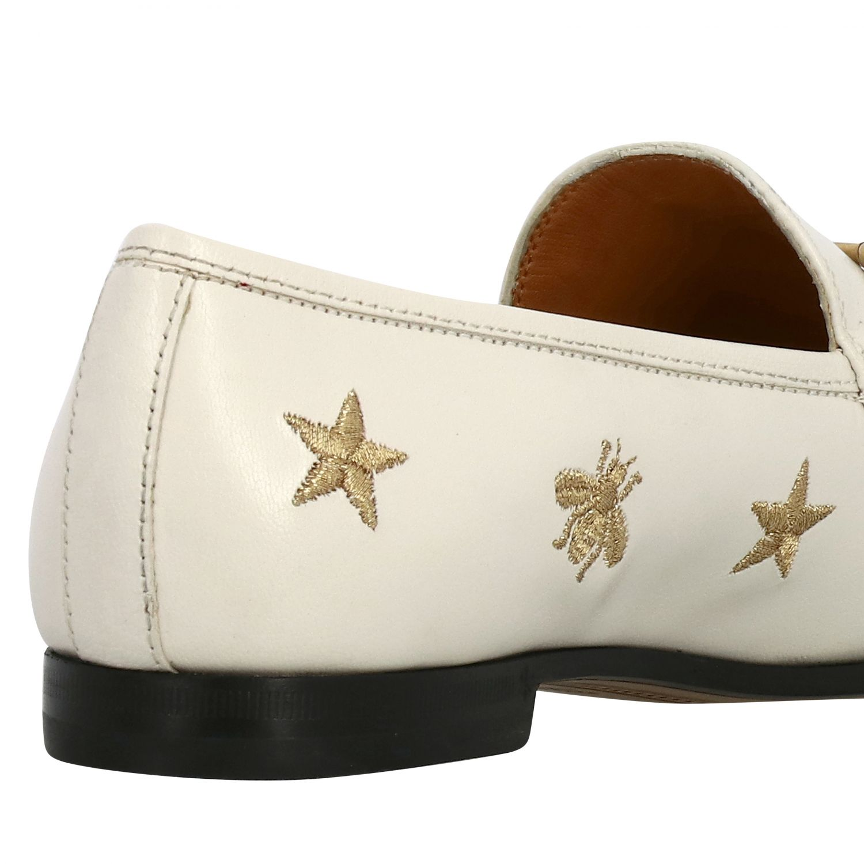 Mocassino Jordan Gucci in pelle liscia con morsetto metallico e ricami stelle/api panna 5