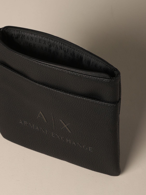 Borsello Armani Exchange in pelle sintetica con logo nero 4