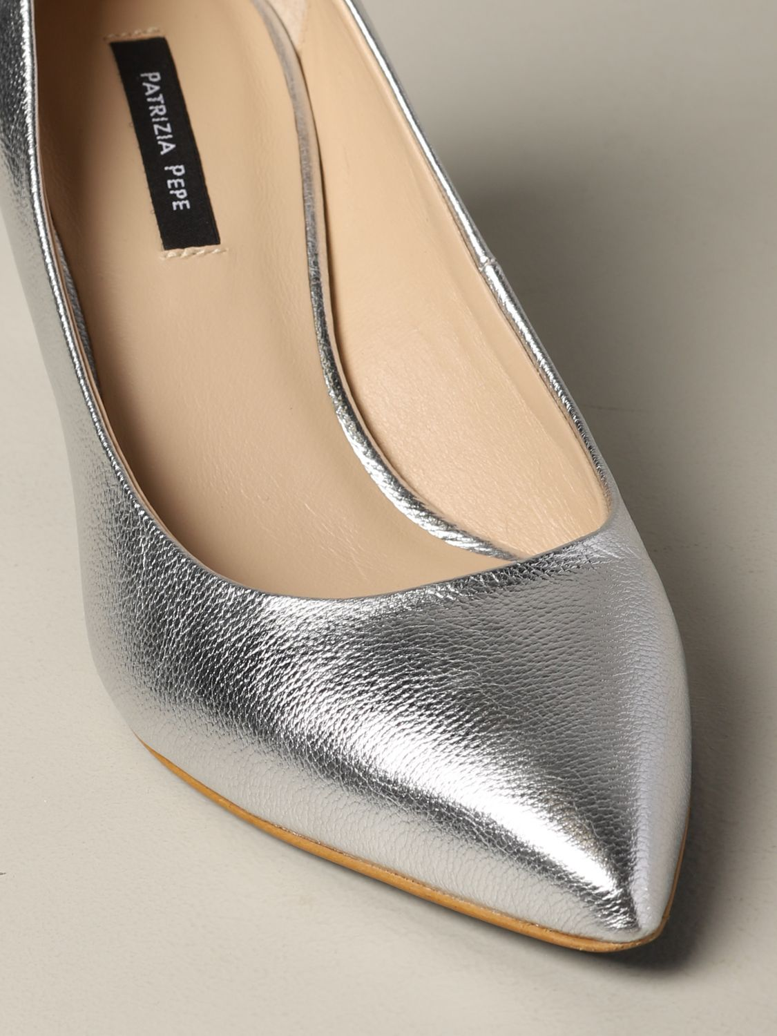 Patrizia Pepe pumps in laminated leather silver 4