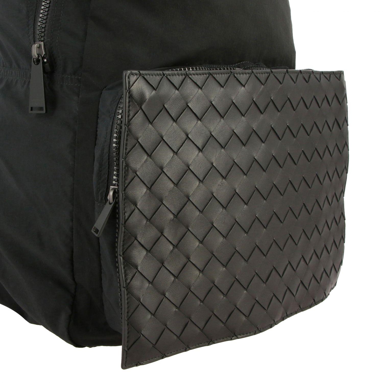 Rucksack Bottega Veneta: Bottega Veneta Clutch / Rucksack aus Nylon und gewebtem Leder schwarz 5