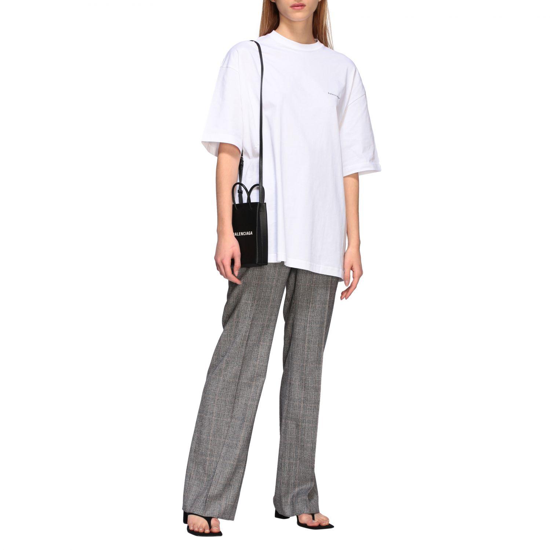 T-shirt Balenciaga over a girocollo con logo copyright bianco 2