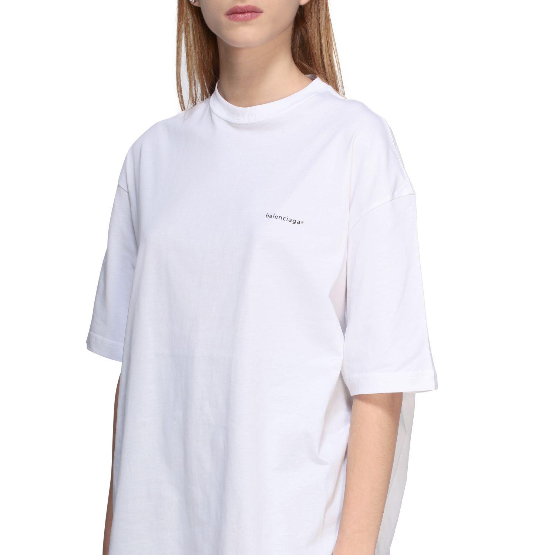 T-shirt Balenciaga over a girocollo con logo copyright bianco 5