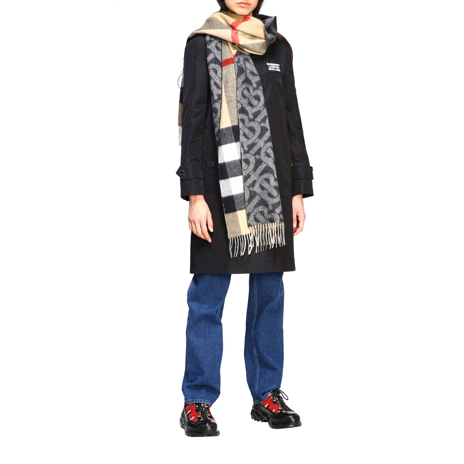 Burberry double-sided cashmere scarf with TB logo and check motif beige 2