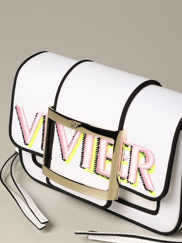 Roger Vivier Tres Vivier Tasche aus Canvas mit Stickerei weiß 3