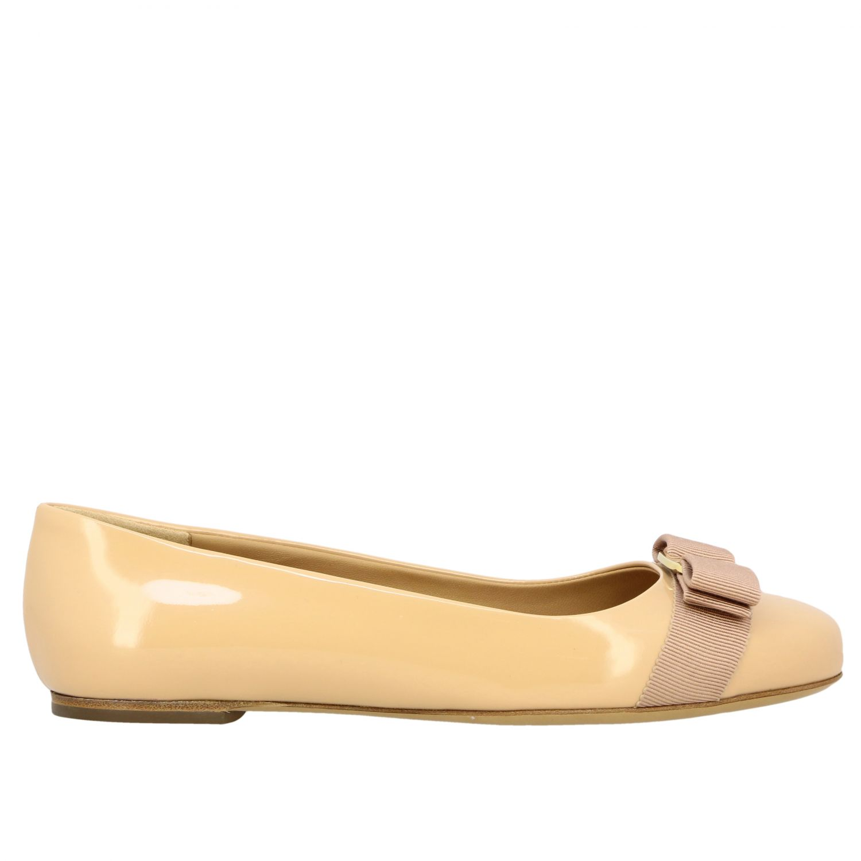 Manoletinas Salvatore Ferragamo: Zapatos mujer Salvatore Ferragamo nudo 1
