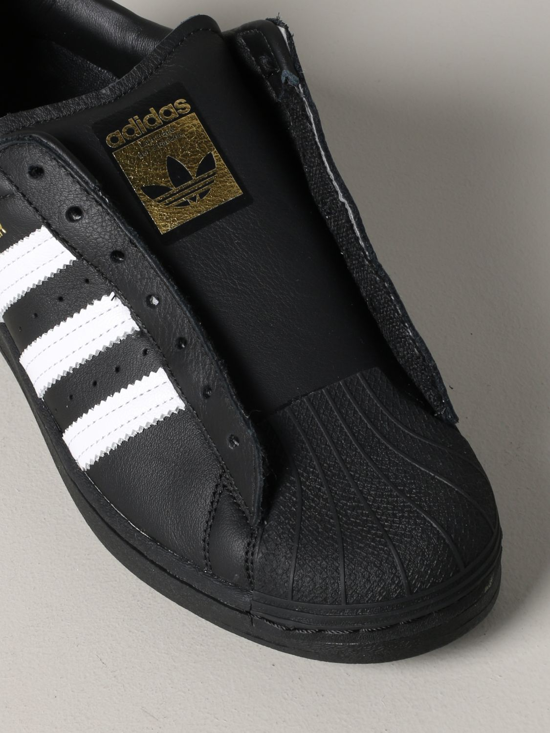 Trainers Adidas Originals: Shoes men Adidas Originals black 4