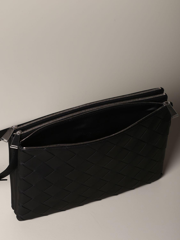 Bottega Veneta bag in woven leather black 4
