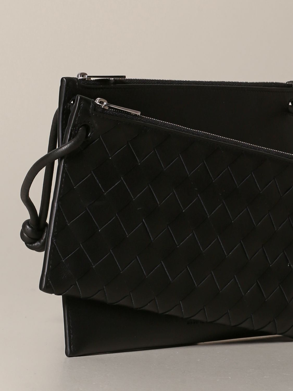 Bottega Veneta bag in woven leather black 3
