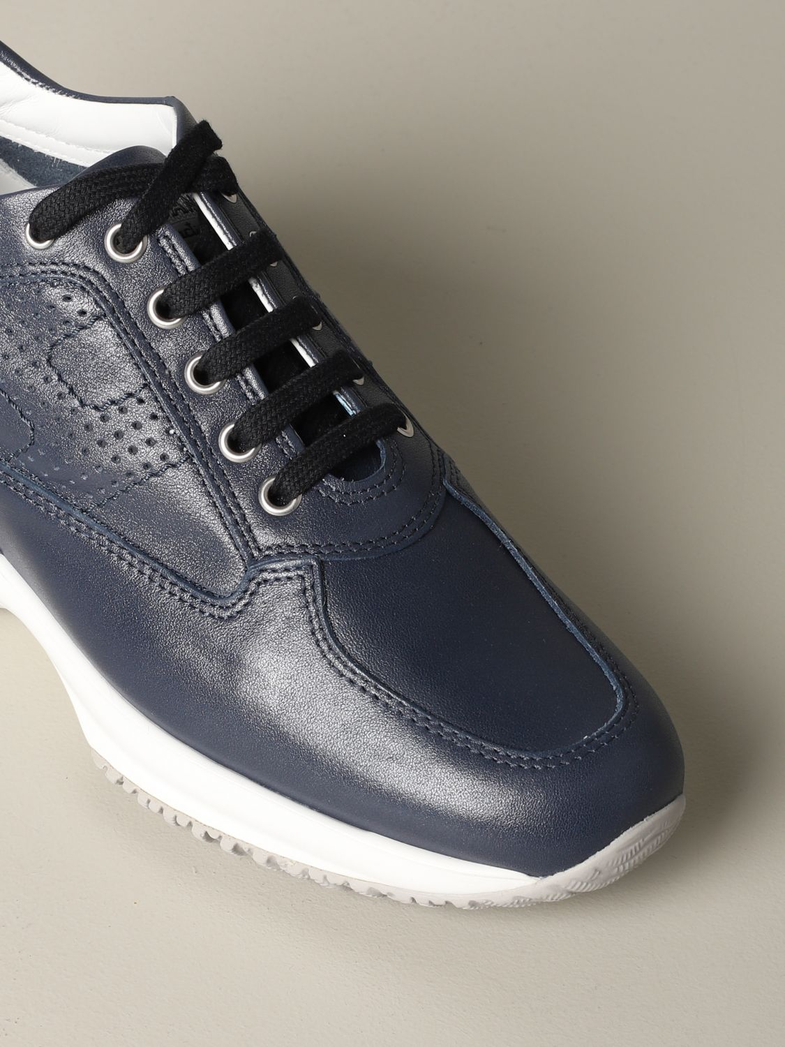Interactive Hogan leather sneakers with perforated H blue 3