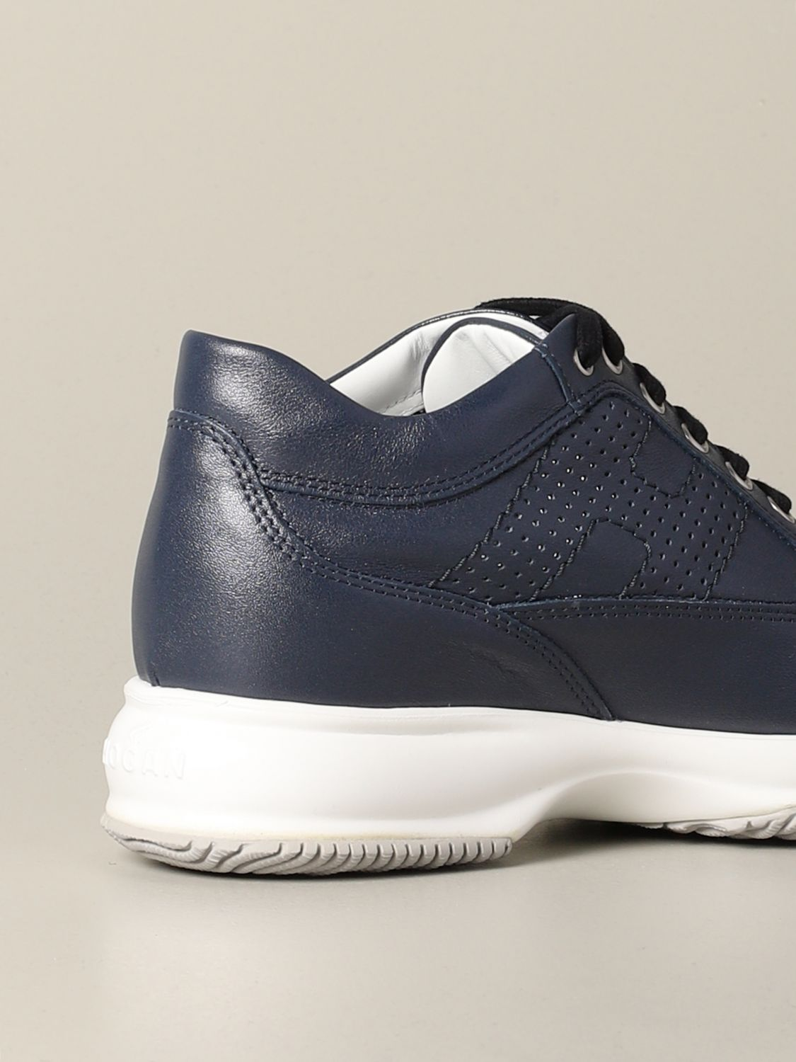 Interactive Hogan leather sneakers with perforated H blue 4