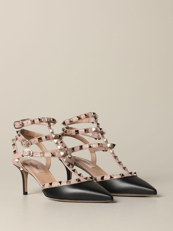 Valentino Garavani Rockstud pumps in leather black 2