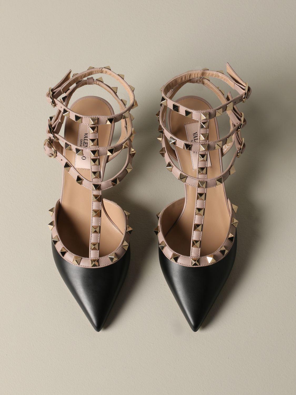 Valentino Garavani Rockstud pumps in leather black 3