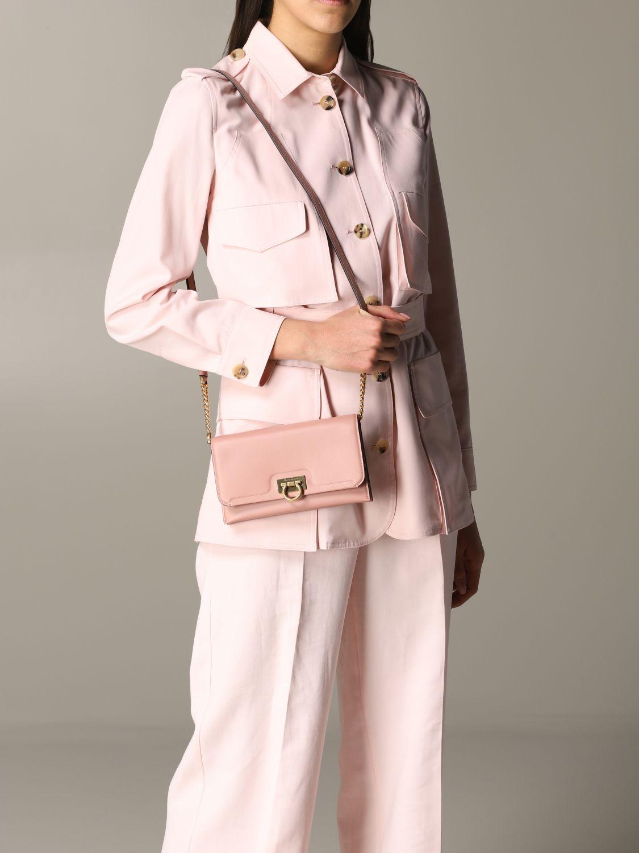 Salvatore Ferragamo Gancio square wallet 真皮手袋 粉色 2