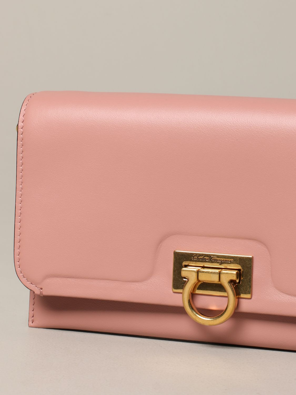 Salvatore Ferragamo Gancio square wallet 真皮手袋 粉色 4