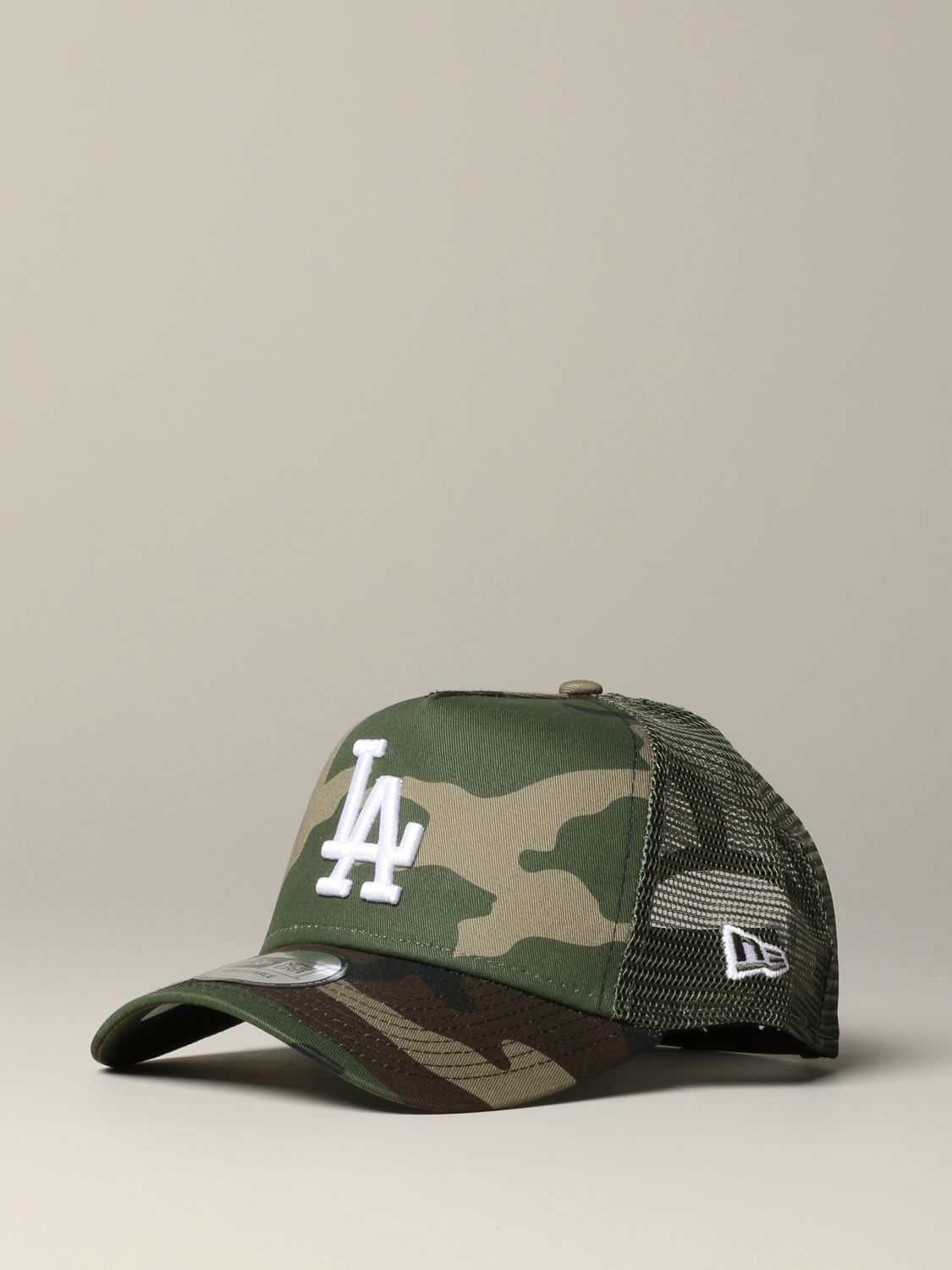 New Era Trucker Cap mit LA Los Angels Logo und Camu Print military 1