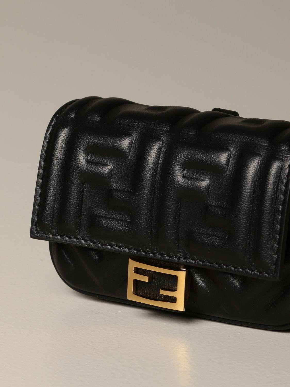 Mini sac à main Fendi: Sac en cuir Baguette nano Fendi avec logo FF gaufré noir 4