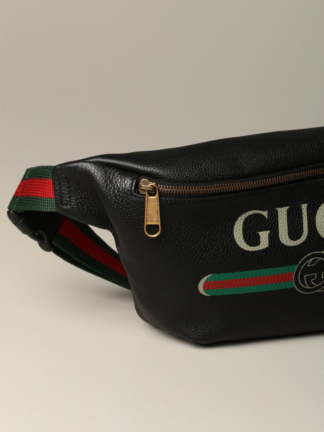 Belt bag Gucci: Gucci Print pouch in textured leather black 3