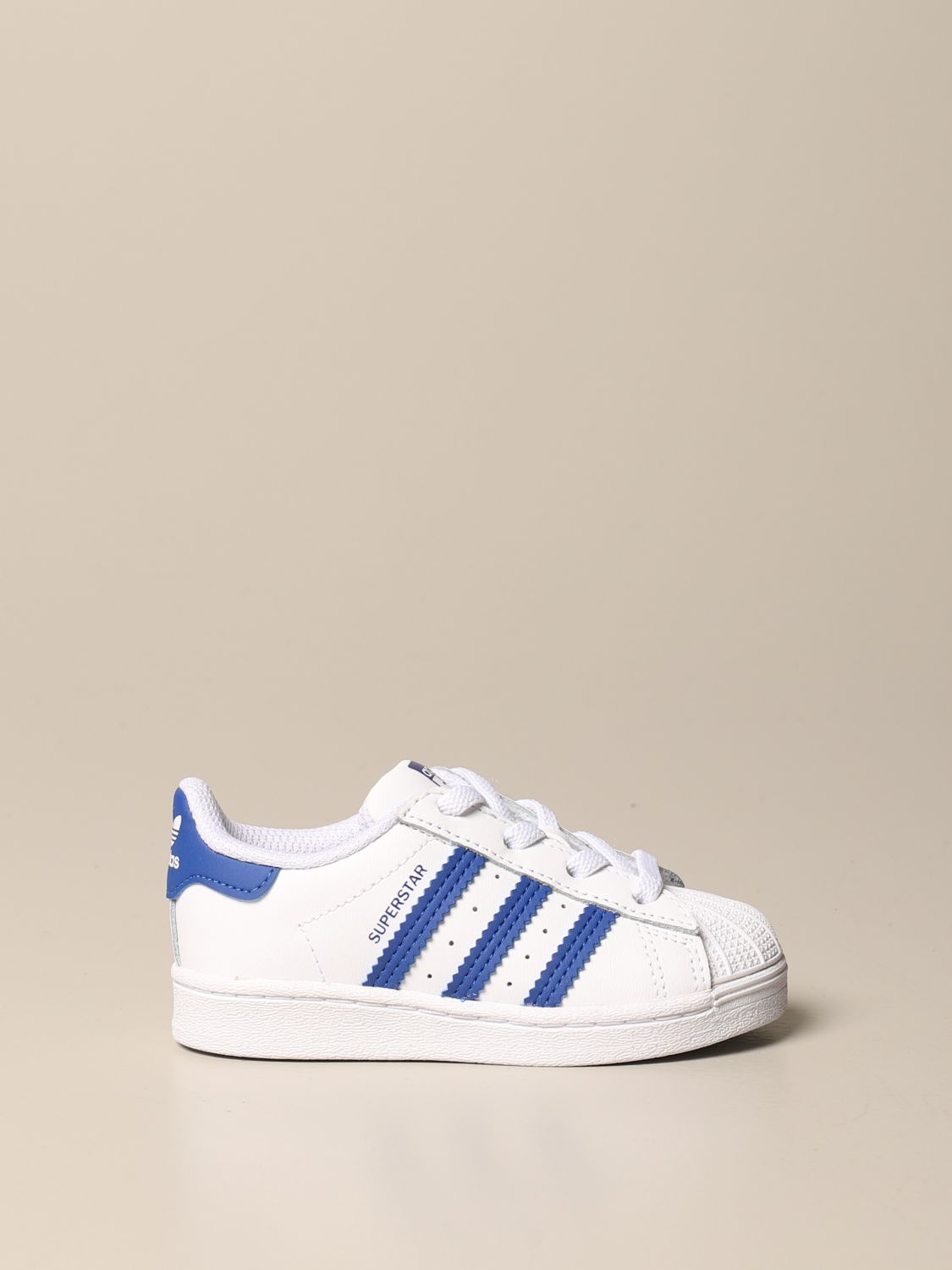 Scarpe Adidas Originals: Sneakers Superstar Adidas Originals in pelle bianco 1