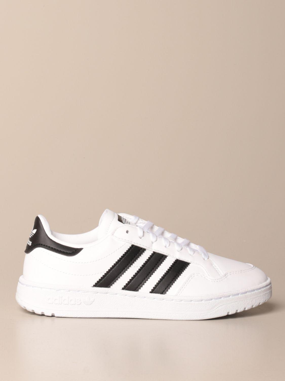 chaussure adidas classic