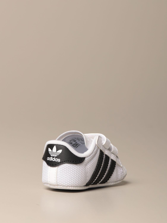 Scarpe Adidas Originals: Sneakers Superstar Adidas Originals in pelle e rete bianco 3