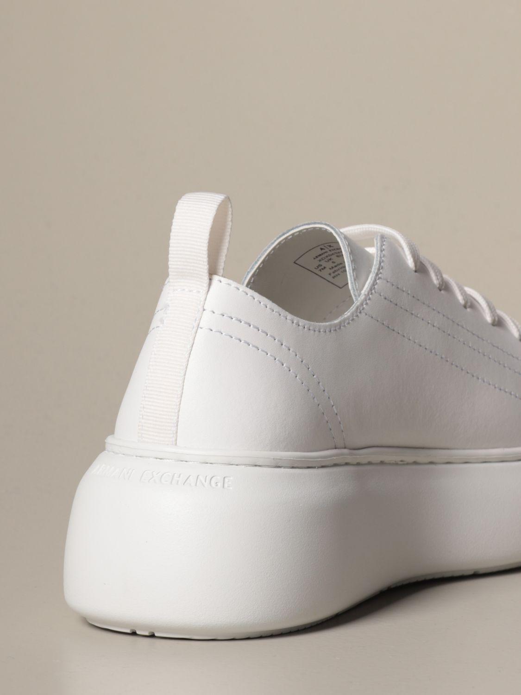 运动鞋 Armani Exchange: 鞋 女士 Armani Exchange 白色 3