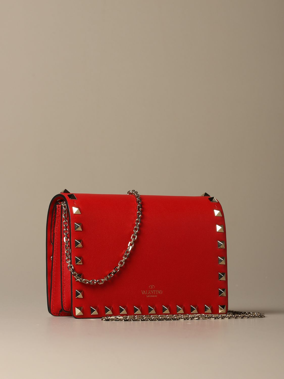 Mini bag Valentino Garavani: Valentino Garavani Rockstud leather shoulder bag red 3