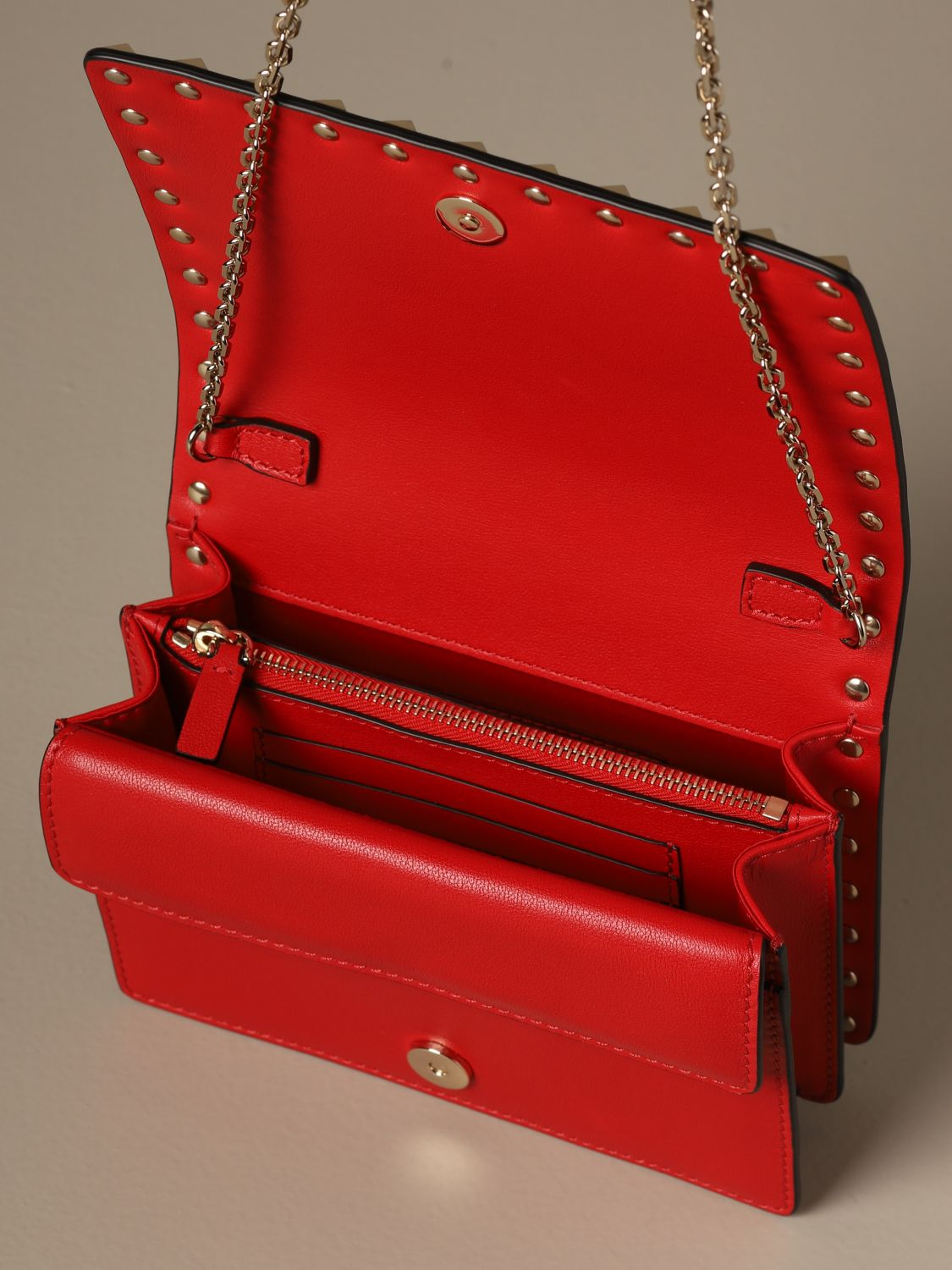 Mini bag Valentino Garavani: Valentino Garavani Rockstud leather shoulder bag red 5