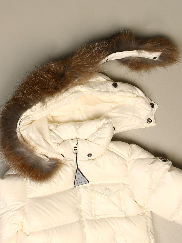 Giacca Moncler: Piumino K2 Moncler con cappuccio amovibile bianco 3