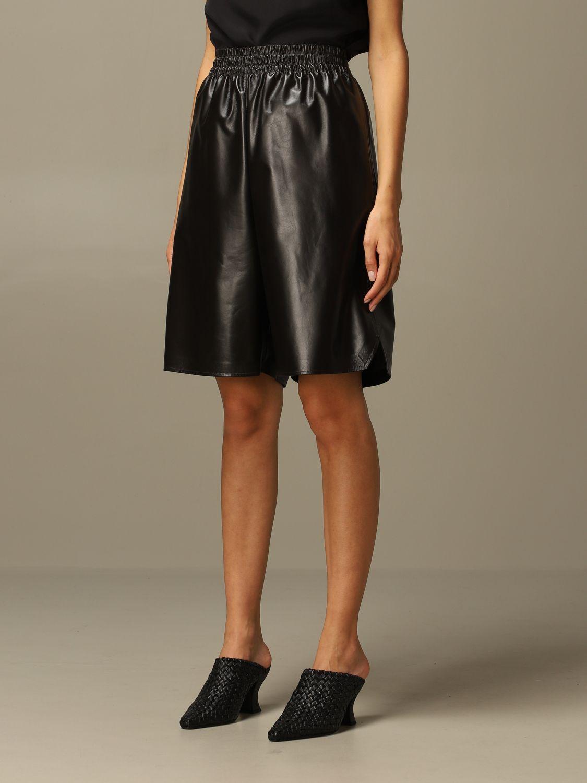 Short Bottega Veneta: Short women Bottega Veneta dark 4