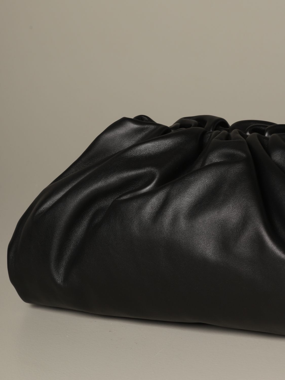 Clutch Bottega Veneta: The pouch Bottega Veneta clutch in nappa leather black 4