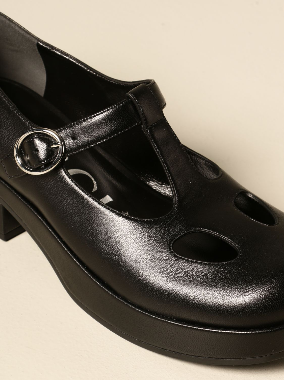 Scarpe Gucci: Scarpa Mary Jane Gucci in nappa con logo nero 4