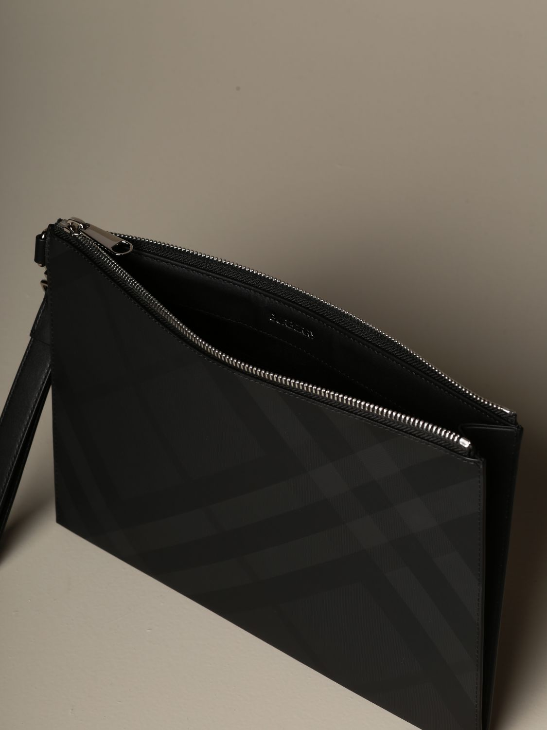 Wallet Burberry: Burberry pochette with London check motif lead 4
