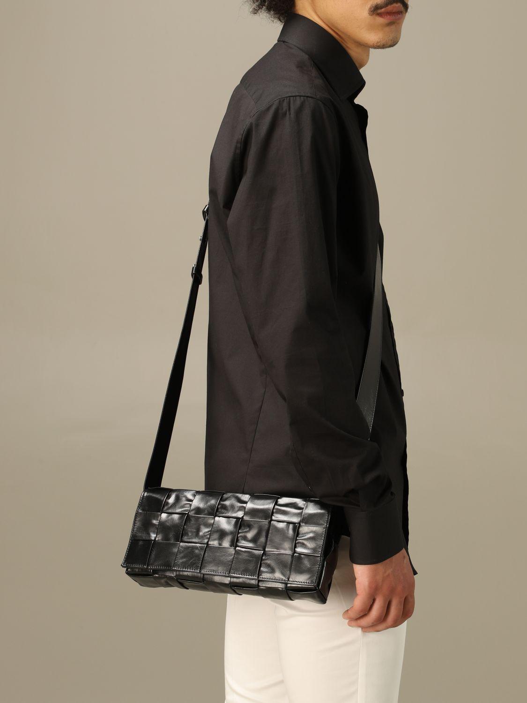 Shoulder bag Bottega Veneta: The Stretch Cassette Bottega Veneta bag in woven leather black 2