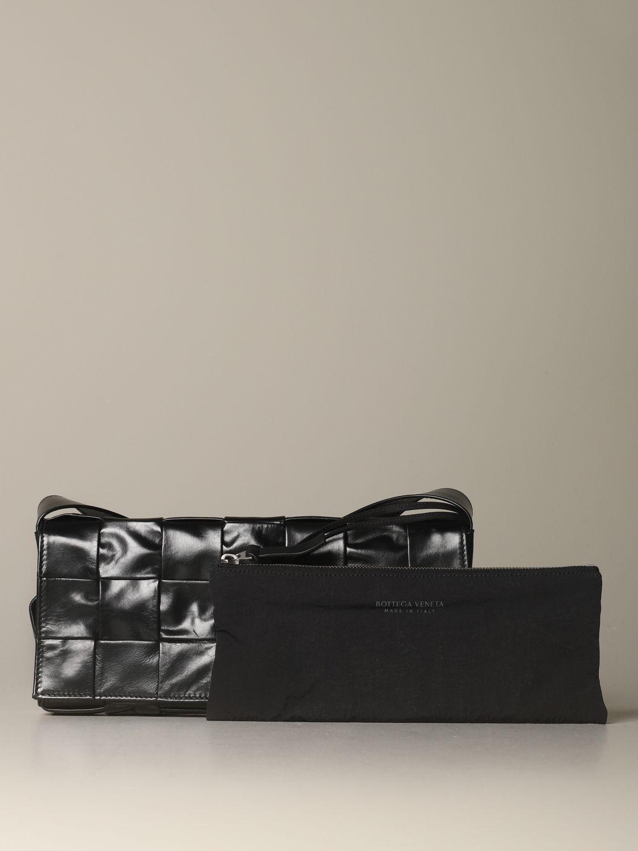 Shoulder bag Bottega Veneta: The Stretch Cassette Bottega Veneta bag in woven leather black 4