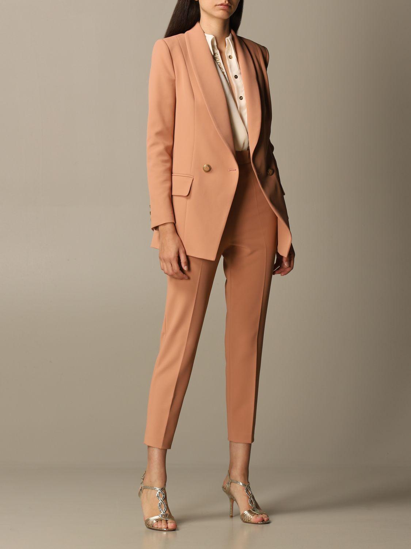 Деловой костюм Elisabetta Franchi: Деловой костюм Женское Elisabetta Franchi пудра 2